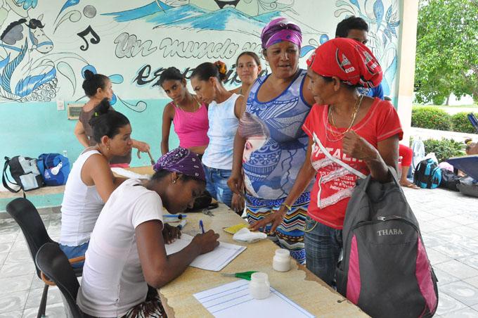 Entidades estatales sirven de refugio en Bayamo