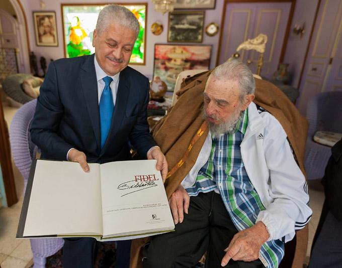 Cordial encuentro de Fidel con el Primer Ministro de Argelia