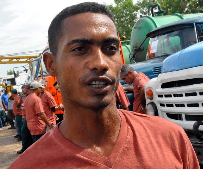 Rumbo a Guantánamo brigada de Acueducto en Granma