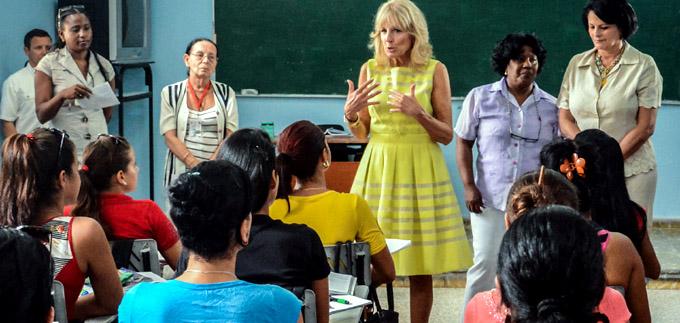 Se interesa académica de EE.UU. por formación de maestros en Cuba