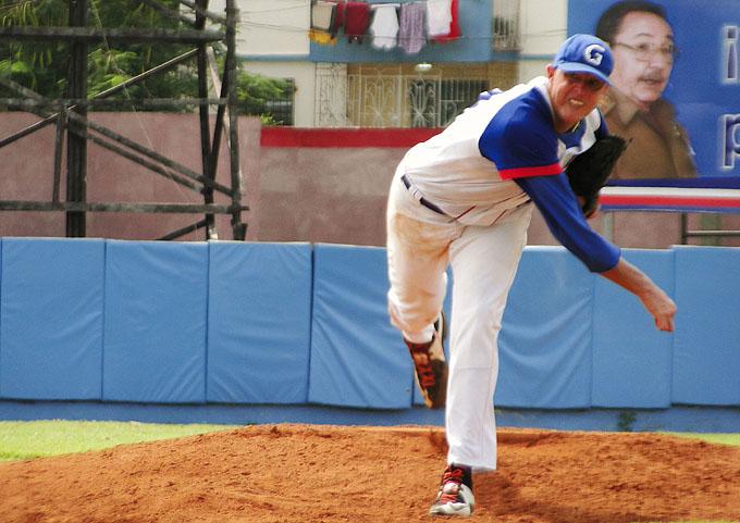 Anuncian equipos para Juego de las Estrellas del béisbol cubano