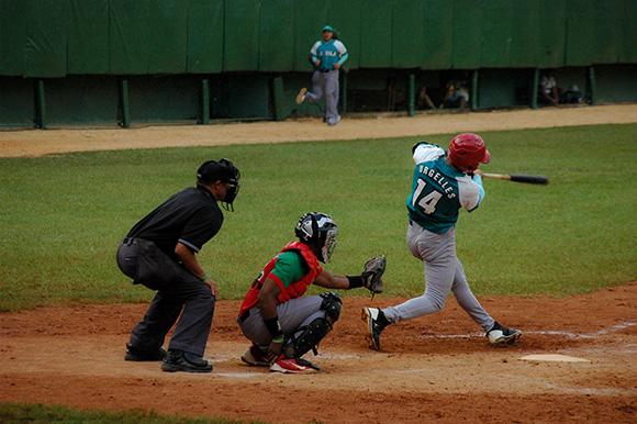 Triunfa Occidentales en Juego de las Estrellas del béisbol cubano