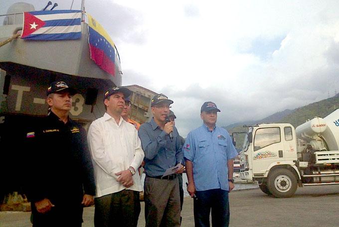 En Santiago de Cuba barco venezolano con ayuda por ciclón Matthew