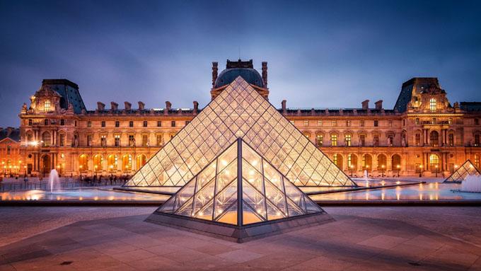 De algunos misterios protegidos por el Museo del Louvre