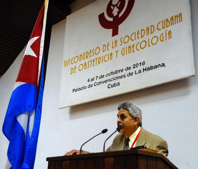 Concluye hoy congreso de Ginecología y Obstetricia
