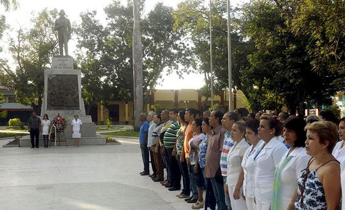 Orgullosos de su historia, los bayameses rinden tributo a Carlos M. de Céspedes/ FOTO Luis Carlos Palacios