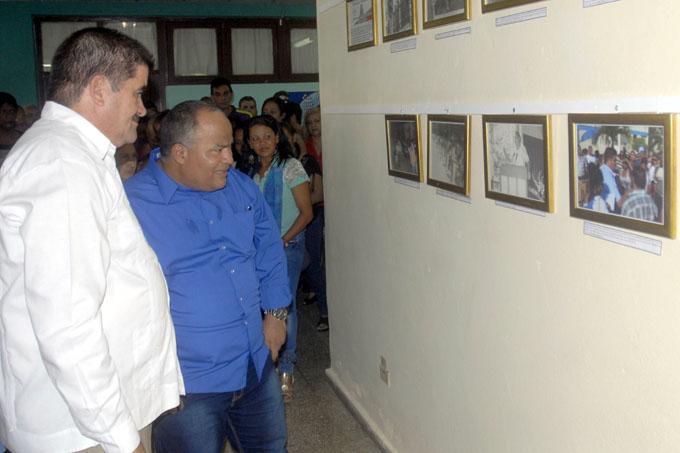 Inaugurada expo fotográfica como homenaje a los OLPP
