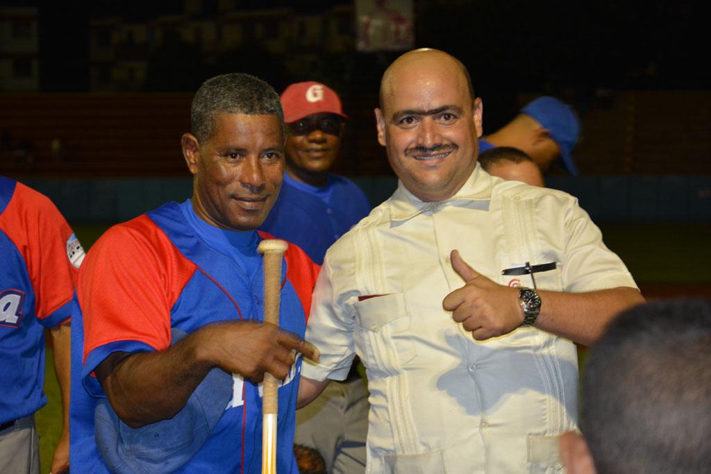 Roberto (El Loco) Peña y Facundo