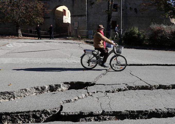 Terremoto de hoy es el mayor en Italia en los últimos 36 años (+ fotos)