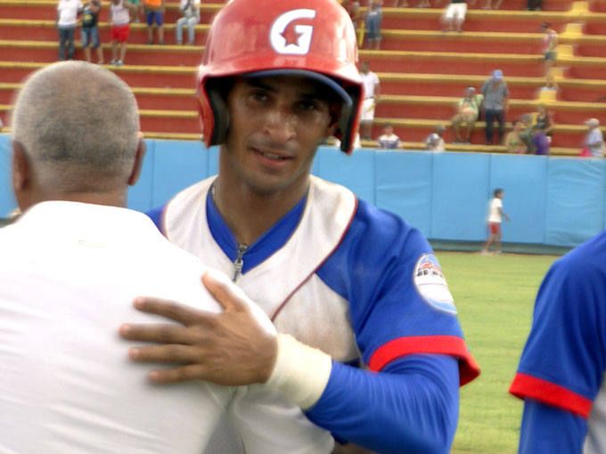 Granma asciende al tercer puesto en campeonato cubano de béisbol