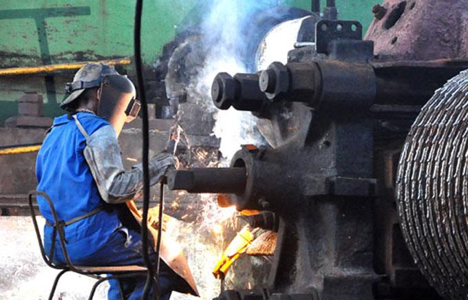 Azucareros se pronuncian por hacer eficiente la zafra 2016-2017 en Granma