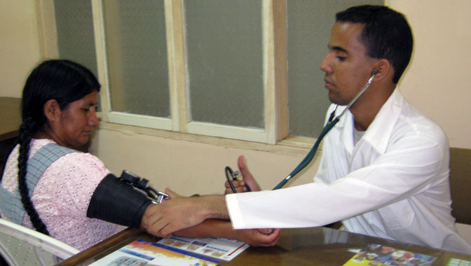 Colaboran en 48 países trabajadores de la salud de Granma