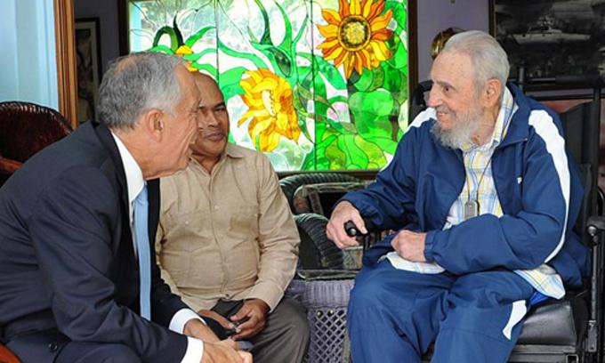 Sostiene Fidel amistoso encuentro con el Presidente de la República Portuguesa