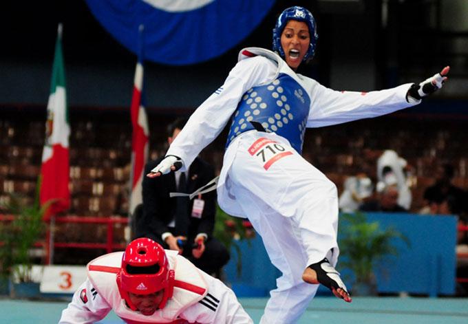 Taekwondocas cubanas se entrenan en Perú