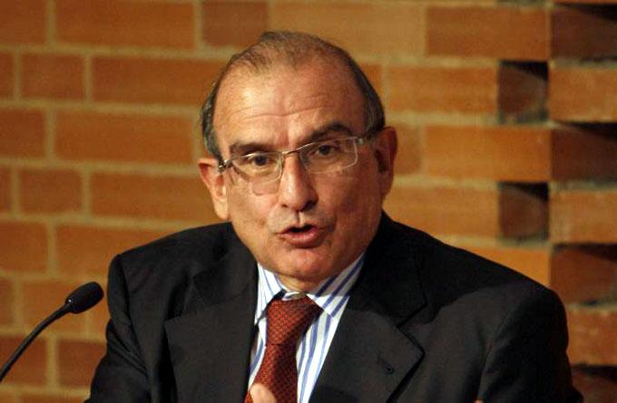 Voceros de gobierno colombiano a Cuba para diálogo sobre pacto de paz