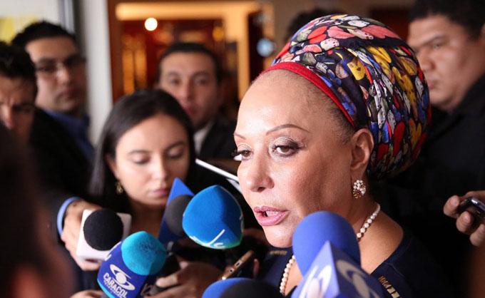 Humanidad respalda paz en Colombia con Nobel a Santos: Piedad Córdoba