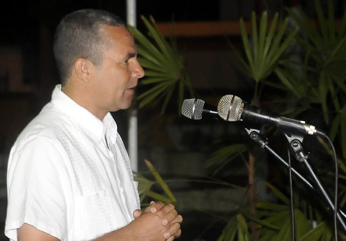 Evocan presencia de Fidel Castro en Granma