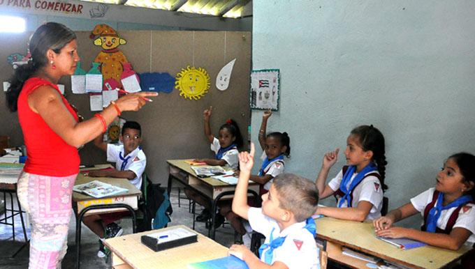 Nueva escuela en un cruce de caminos de Jiguaní (+ fotos)