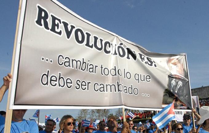 ¿Qué juramento suscriben los cubanos sobre Fidel?