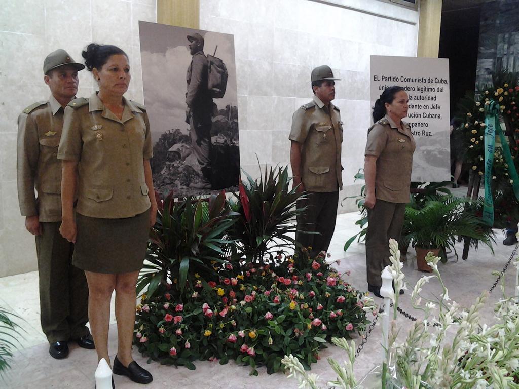 FAR rinde tributo a Fidel 1