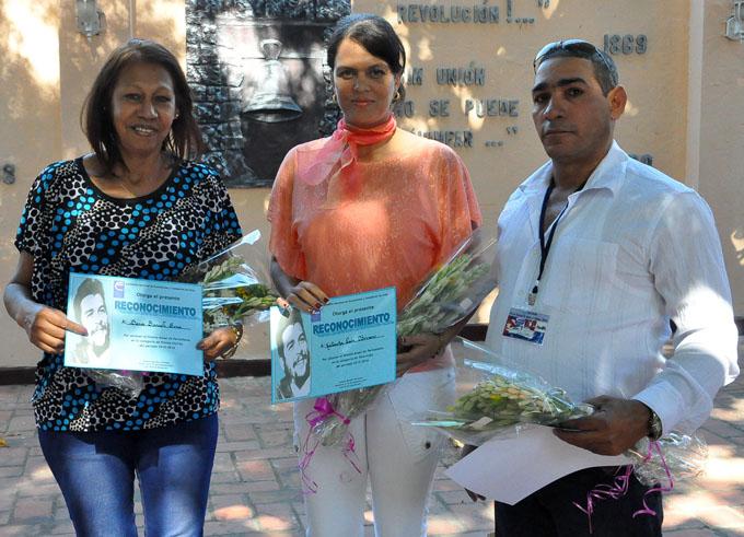 Premian en Granma a ganadores de concurso de periodismo económico