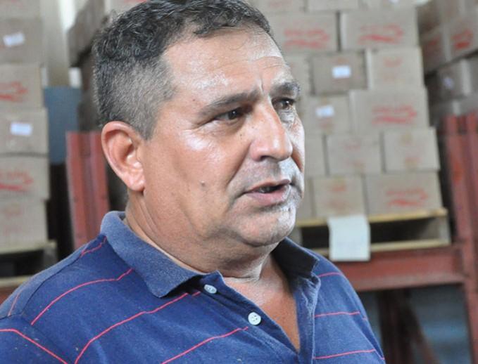Juan Carlos Rosales Ross asegura que él y sus trabajadores permanecerán en Baracoa todo el tiempo que sea necesario FOTO/Rafael Martínez Arias