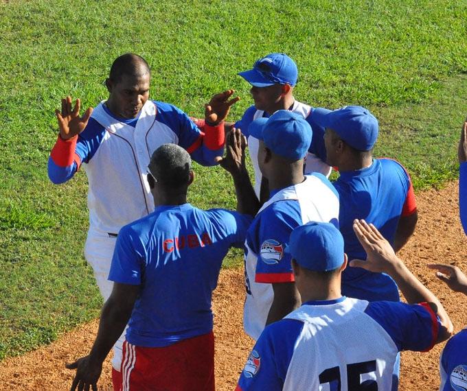 Alazanes abren con victoria segunda etapa del béisbol cubano