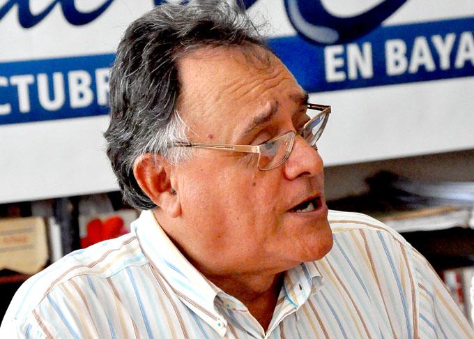 Otorgan primer premio Regino Pedroso a poeta granmense