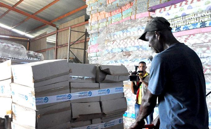 Contribuyen a la recuperación de Baracoa trabajadores de la Empresa Universal en Granma