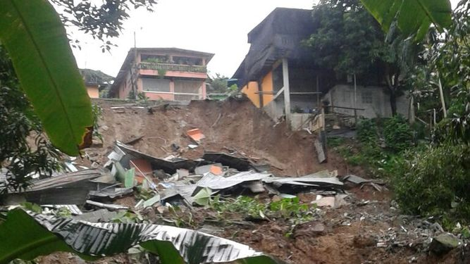 Otto causa siete muertos a su paso por Panamá y se convierte en huracán ( + fotos y videos)