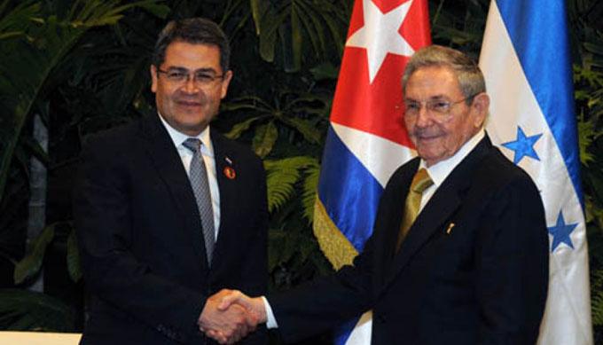Presidente cubano recibe a homólogo de Honduras