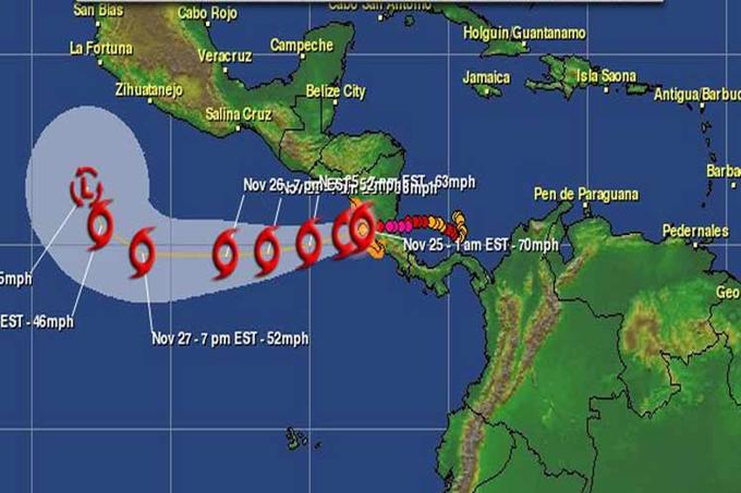Otto, huracán que cruzó del Atlántico al Pacífico en casi 30 años