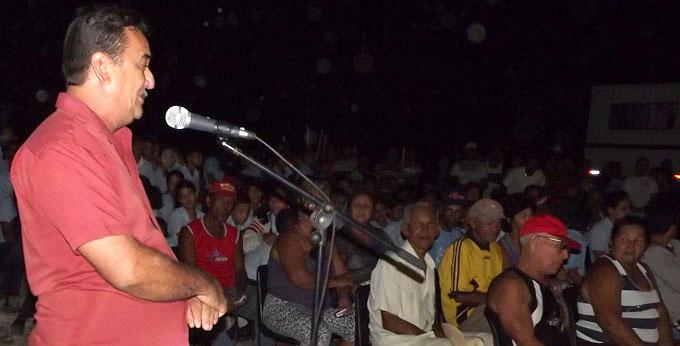 Celebran en Dos Ríos jornada de debate cederista