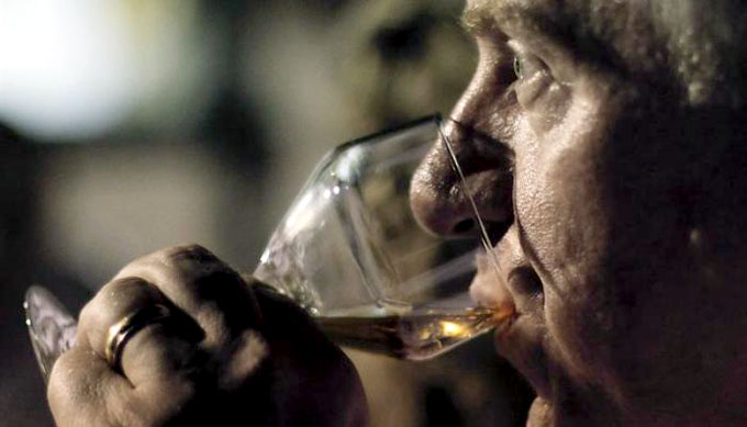 El consumo moderado de alcohol aumenta el riesgo de cáncer