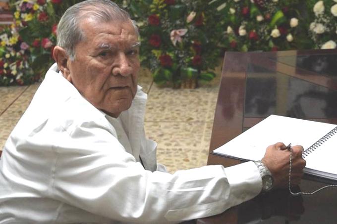 Hasta la victoria siempre Fidel!, expresa salvadoreño en sus adiós