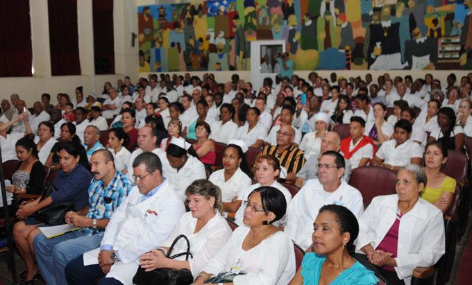 Cubanos evocan a Fidel en celebración de los Derechos Humanos