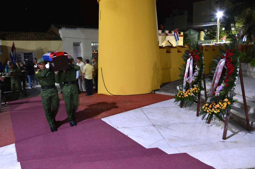 Entrada de las cenizas de Fidel al Ñico López 1