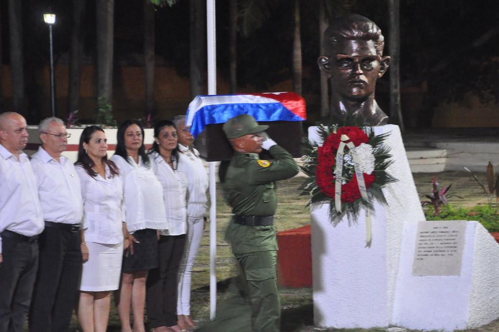 Fidel en el Museo Ñico López 1