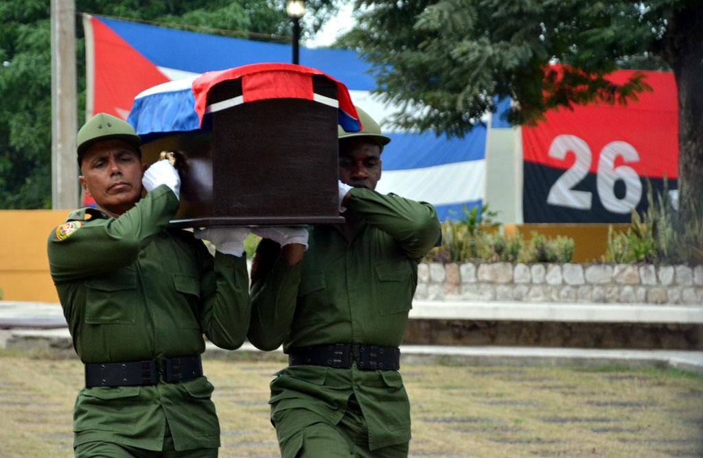 En ceremonia solemne y privada serán inhumadas las cenizas de Fidel en el cementerio de Santa Ifigenia