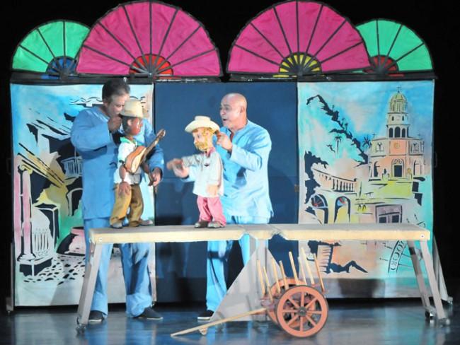 Grupo de teatro callejero Antante 2