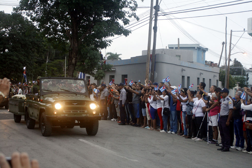 Las cenizas de Fidel salend e Bayamo