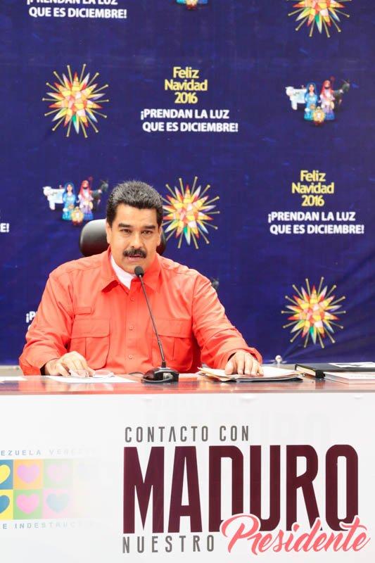 Maduro anuncia salida de circulación de billetes de Bs. 100