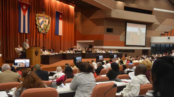 Parlamento cubano hará prevalecer voluntad de Fidel