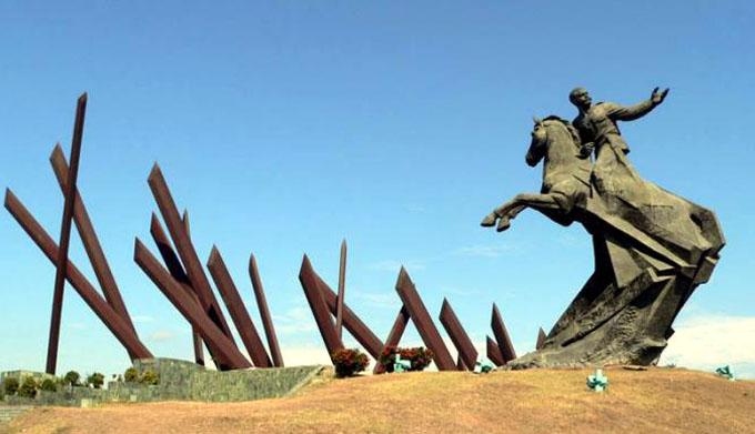 Acto político en Santiago de Cuba en homenaje póstumo al líder histórico de la Revolución Cubana