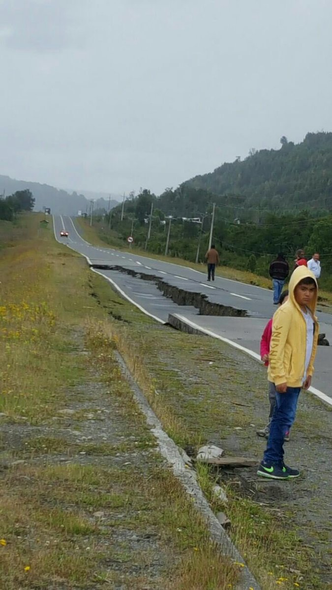 Alerta de tsunami tras un sismo de magnitud 7,7 en el sur de Chile