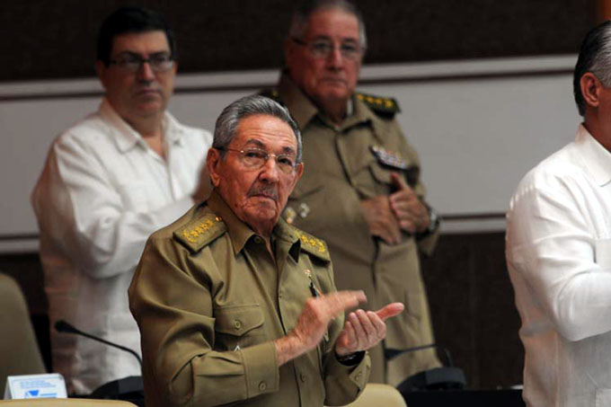 Preside Raúl Castro plenaria de la Asamblea Nacional de Cuba