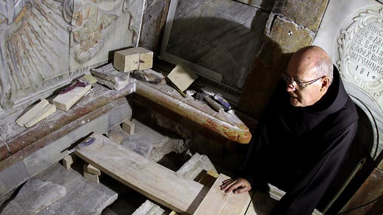 La histórica apertura de la tumba de Cristo nos deja una inquietante duda (+ video)