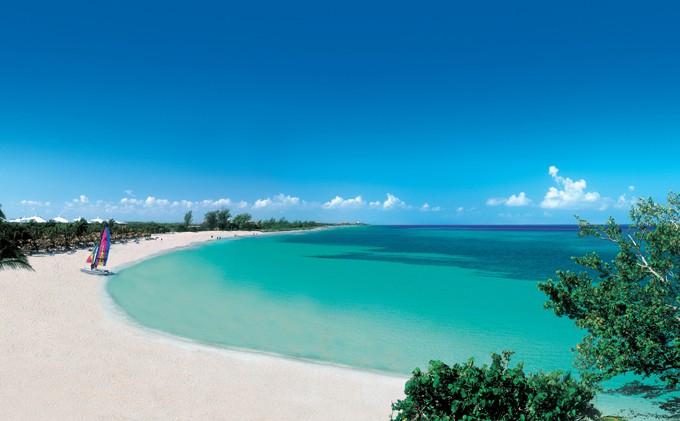 Balneario cubano cerrará 2016 con récord en arribo de turistas