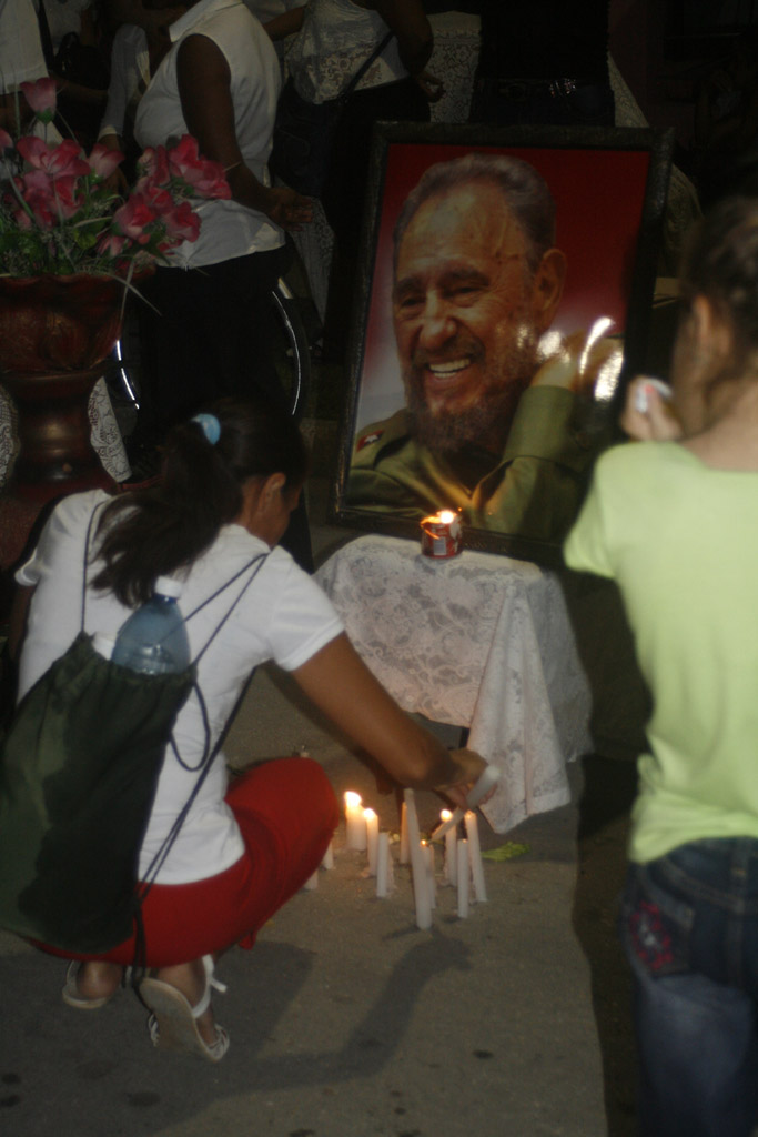 Vigilia en homenaje a Fidel, Bayamo 2