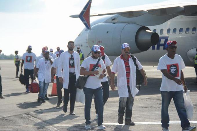 De regreso a la Patria brigada médica que cumplió misión en Haití